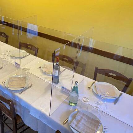 ViewCross Plexi Scherm Horeca - dubbel voorbeeld in restaurant