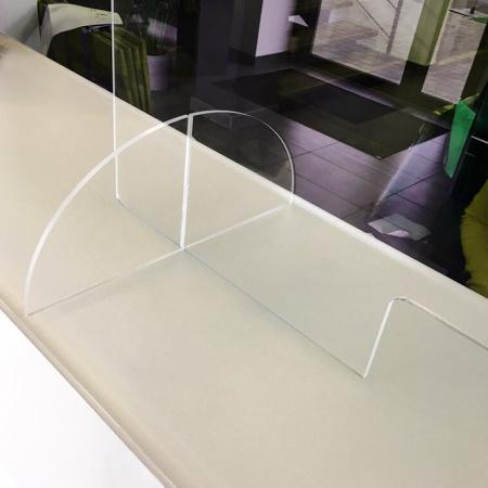 plexiglas voeten voor staand plexi scherm op balie of toonbank